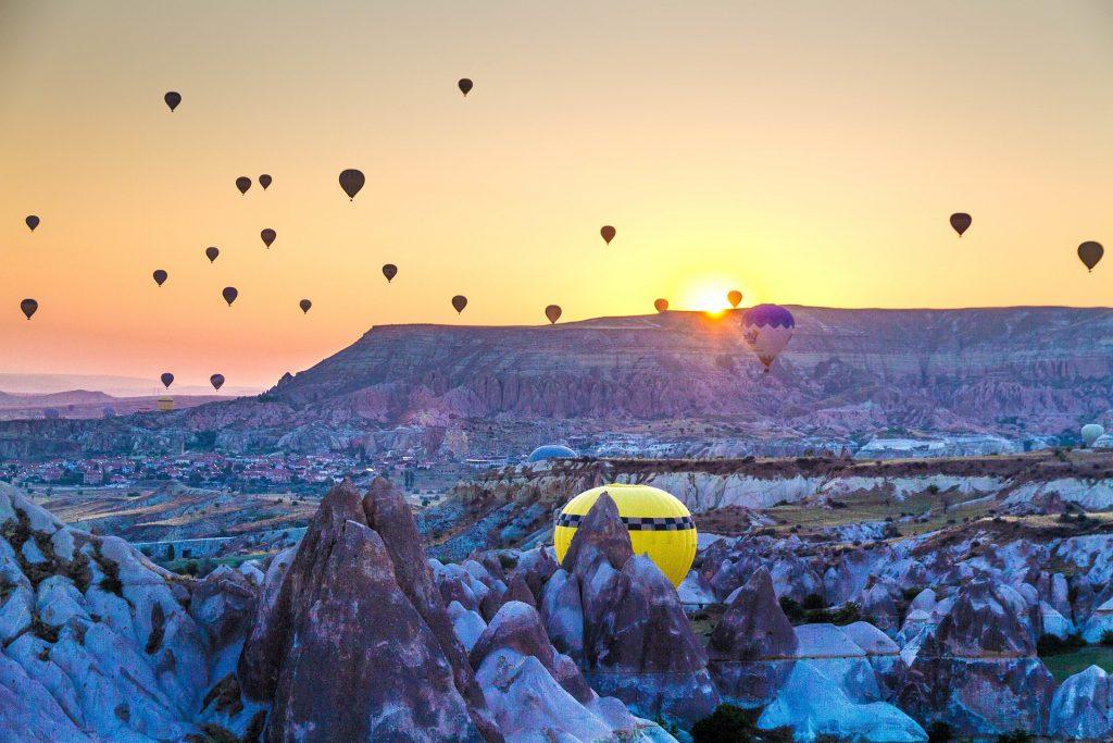 Cappadocia, mongolfiere