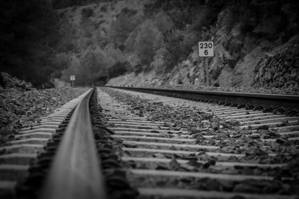 viaggio in treno verso la fine del mondo, Portogallo, Vietnam